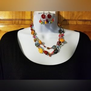 Jewelry - Colorful Bead & Shell Set